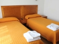 hostal-illan-habitacion-01.jpg